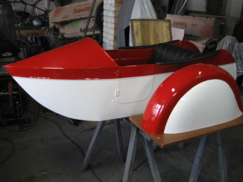 Double seat LS 29 gondola project with painted mudguard