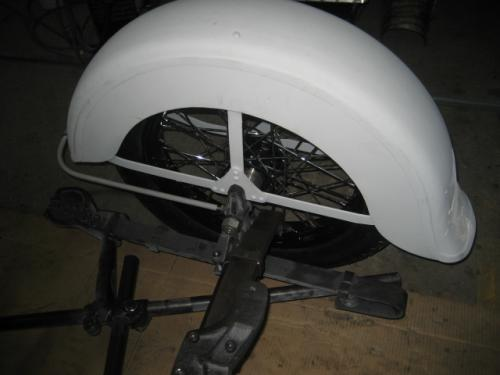 [7] Sidecar fender with axle mount assembled